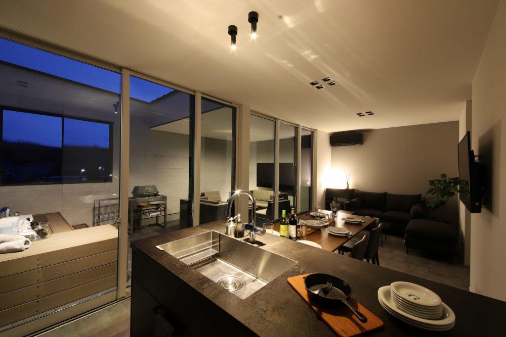 LUX・屋上リゾートがある家